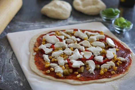 5200a724b05 Did you know the importance of Pizza stones to make a perfect Pizza ...